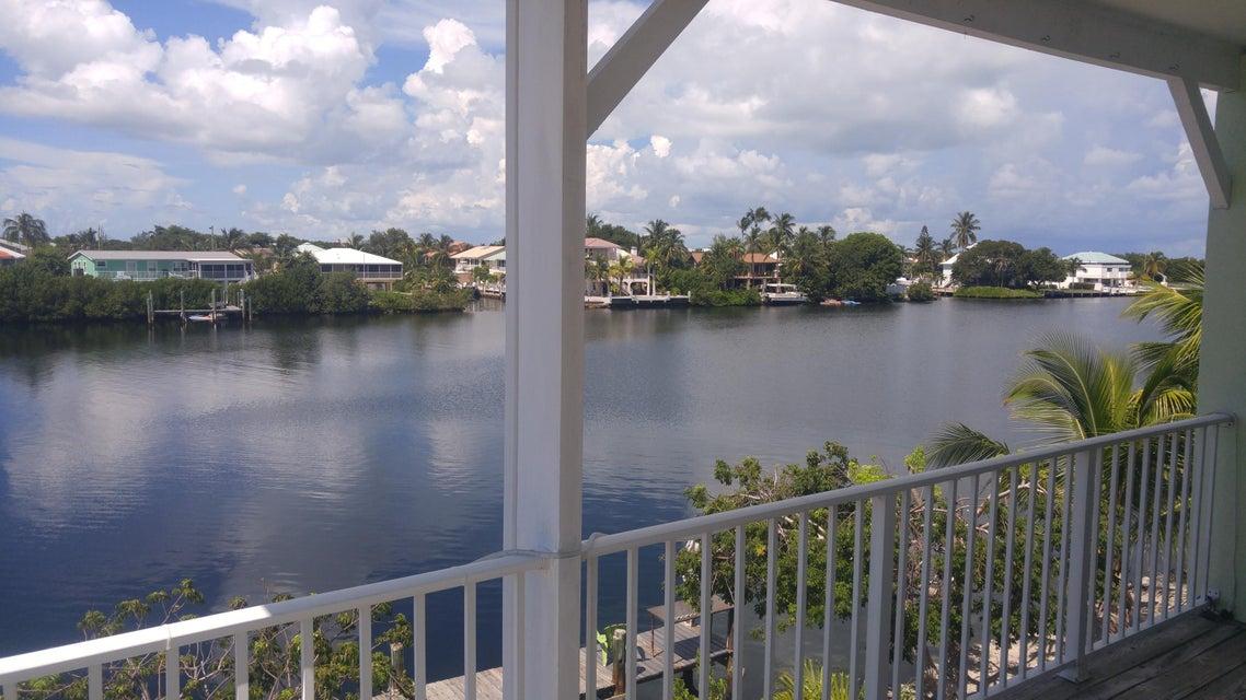 Частный односемейный дом для того Продажа на 219 Bruce Court # B 219 Bruce Court # B Marathon, Флорида 33050 Соединенные Штаты