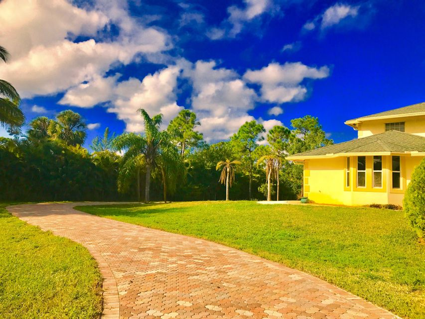 Home for sale in loxahatchee / ACREAGE West Palm Beach Florida