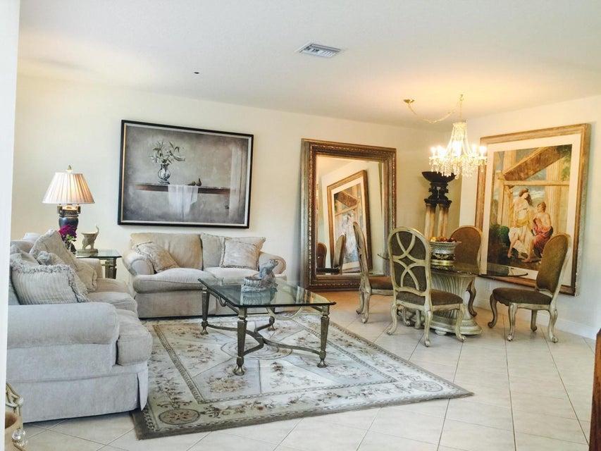 Townhouse for Rent at 617 NE Francesca Lane # 62 617 NE Francesca Lane # 62 Boca Raton, Florida 33487 United States