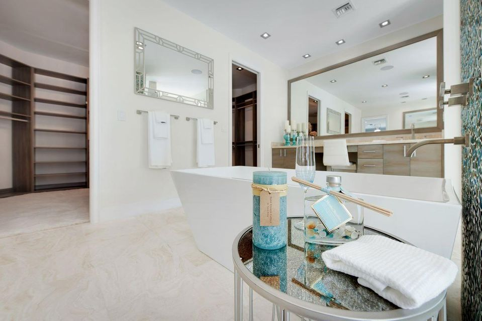 Additional photo for property listing at 11773 Maidstone Drive 11773 Maidstone Drive Wellington, Florida 33414 United States