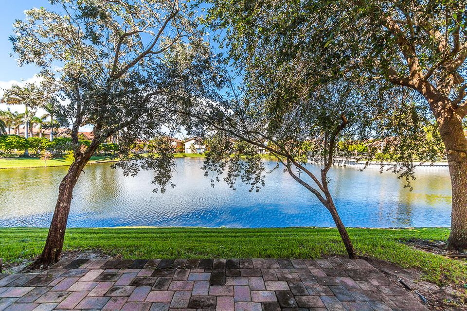 1737 Carvelle Drive , Riviera Beach FL 33404 is listed for sale as MLS Listing RX-10384917 19 photos