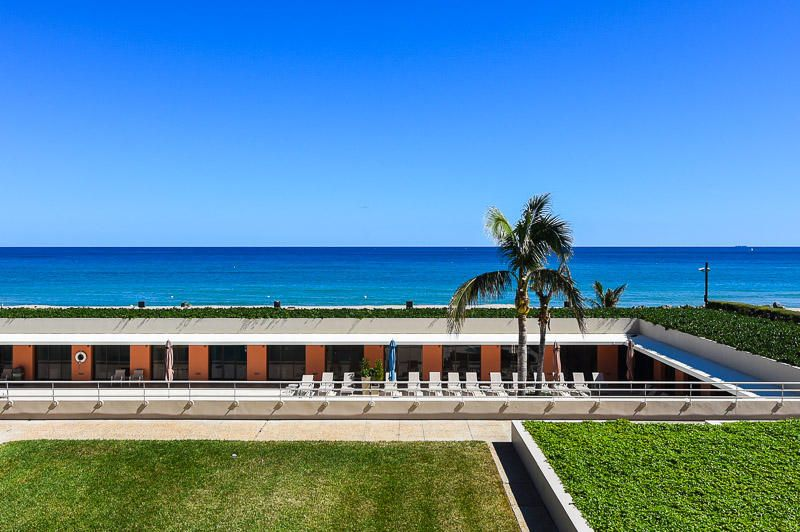 2 N Breakers Row S 24, Palm Beach FL 33480 is listed for sale as MLS Listing RX-10386256 photo #5