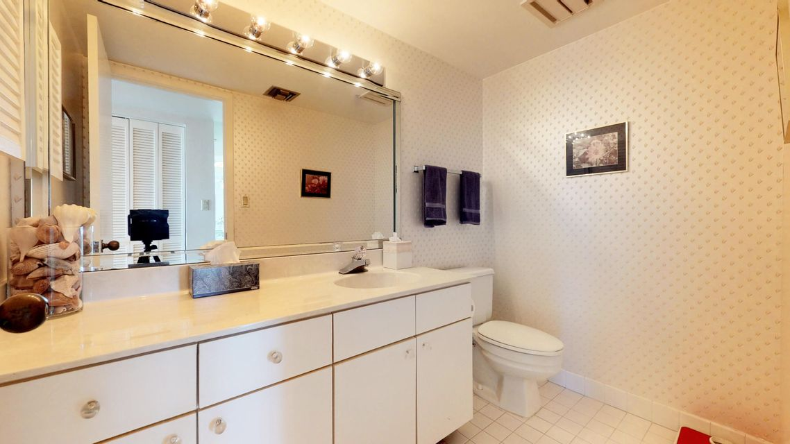 Additional photo for property listing at 2800 N A1a  # Ph1  Hutchinson Island, Florida 34949 United States
