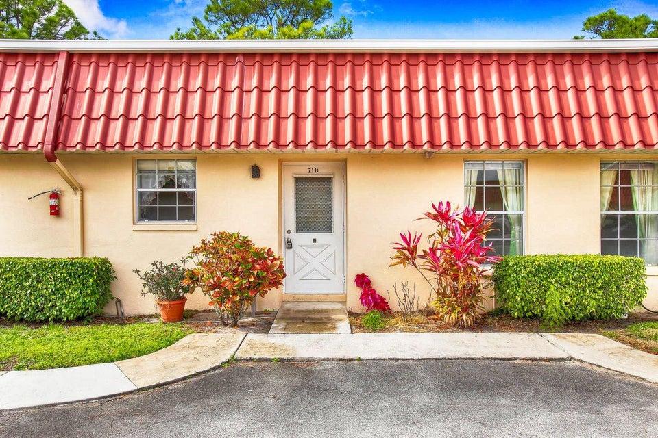 Villa for Rent at 711 Laconia Circle # B 711 Laconia Circle # B Lake Worth, Florida 33467 United States