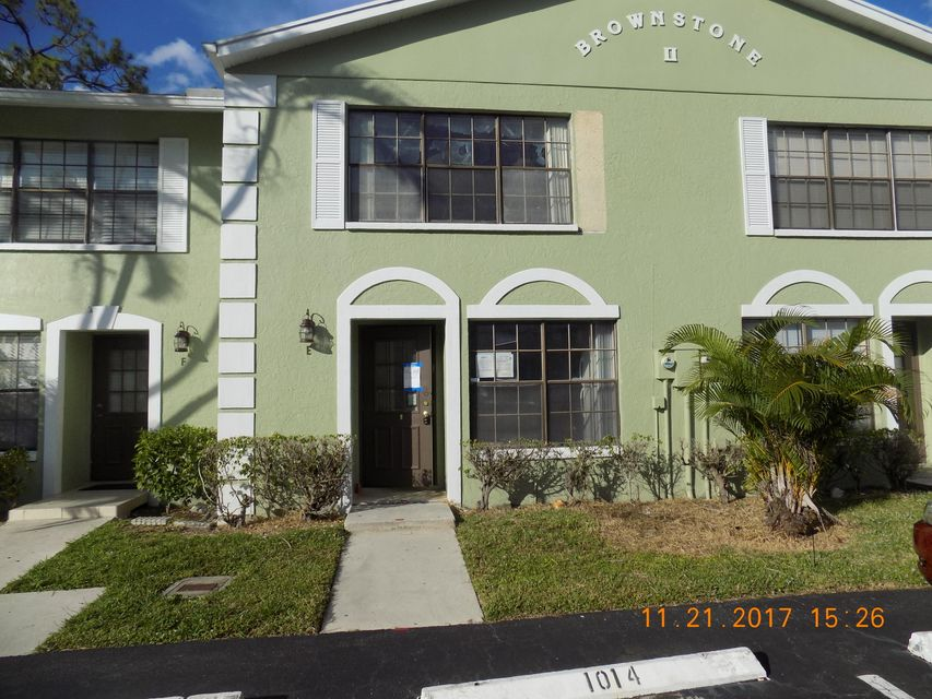 5023 Society Place E West Palm Beach, FL 33415
