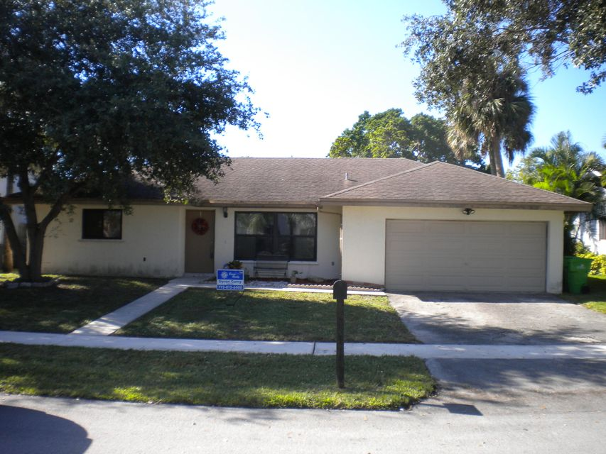 Single Family Home for Sale at 4311 NW 94 Terrace 4311 NW 94 Terrace Sunrise, Florida 33351 United States