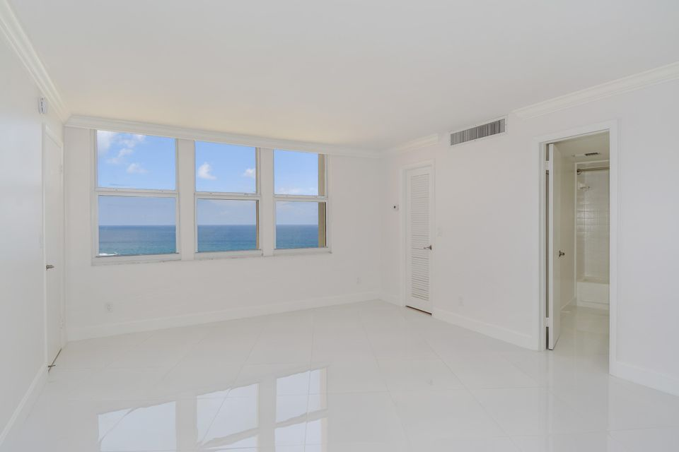 Additional photo for property listing at 2800 N Ocean Drive 2800 N Ocean Drive Singer Island, Florida 33404 Vereinigte Staaten