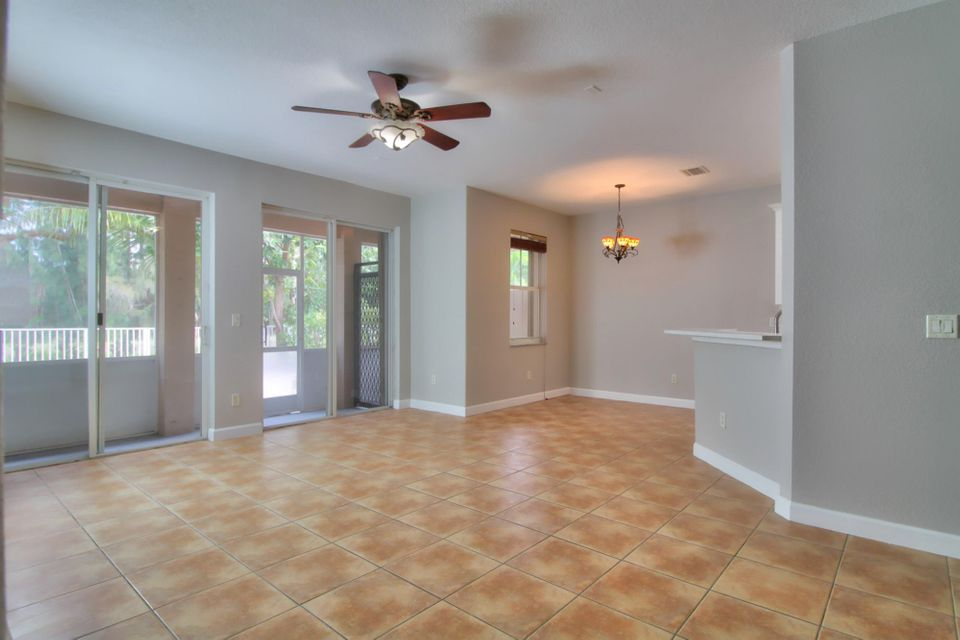 10463 Galleria Street Wellington, FL 33414 photo 7