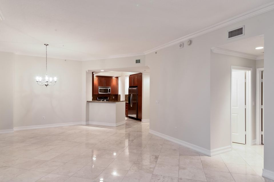 701 S Olive Avenue 1015  West Palm Beach, FL 33401 photo 8