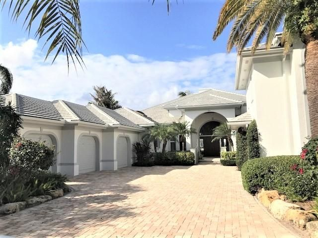 独户住宅 为 销售 在 338 Eagle Drive 338 Eagle Drive 朱庇特, 佛罗里达州 33477 美国