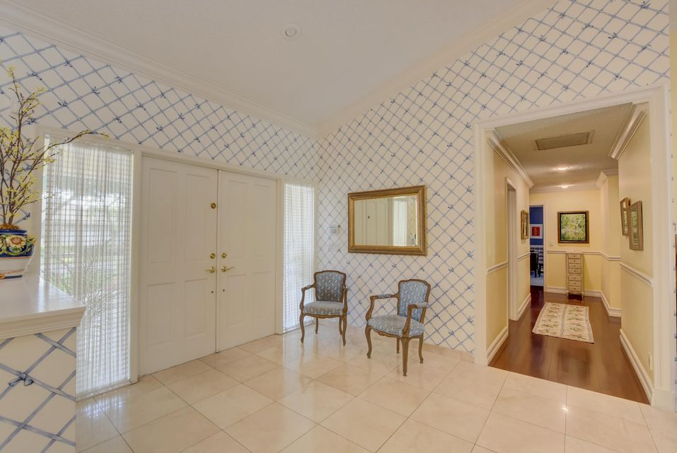 4423 Woodfield Boulevard Boca Raton, FL 33434 - photo 2