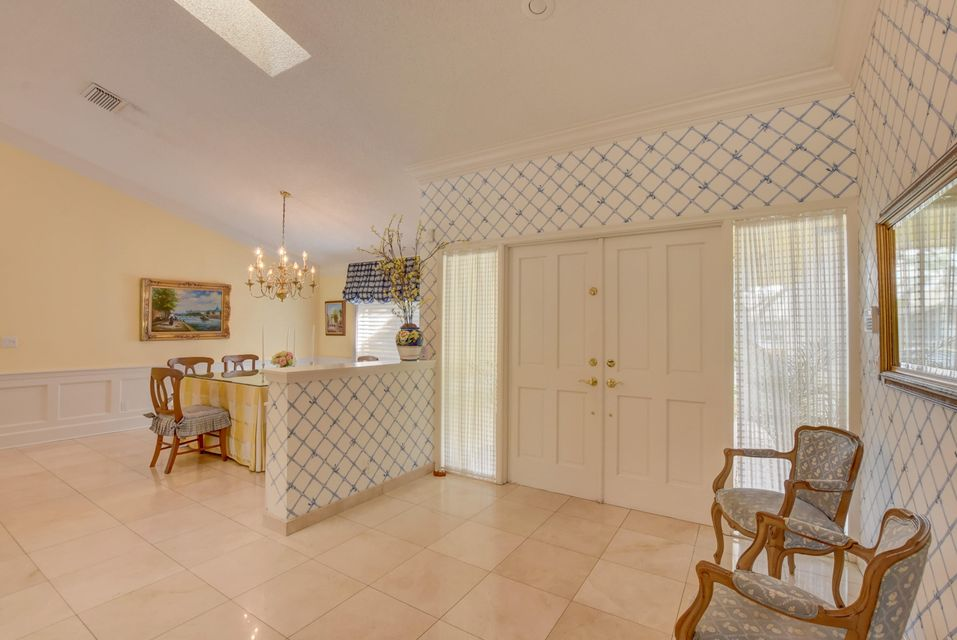 4423 Woodfield Boulevard Boca Raton, FL 33434 - photo 3