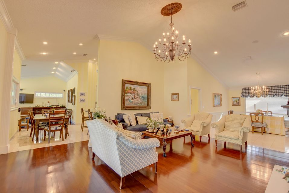 4423 Woodfield Boulevard Boca Raton, FL 33434 - photo 5