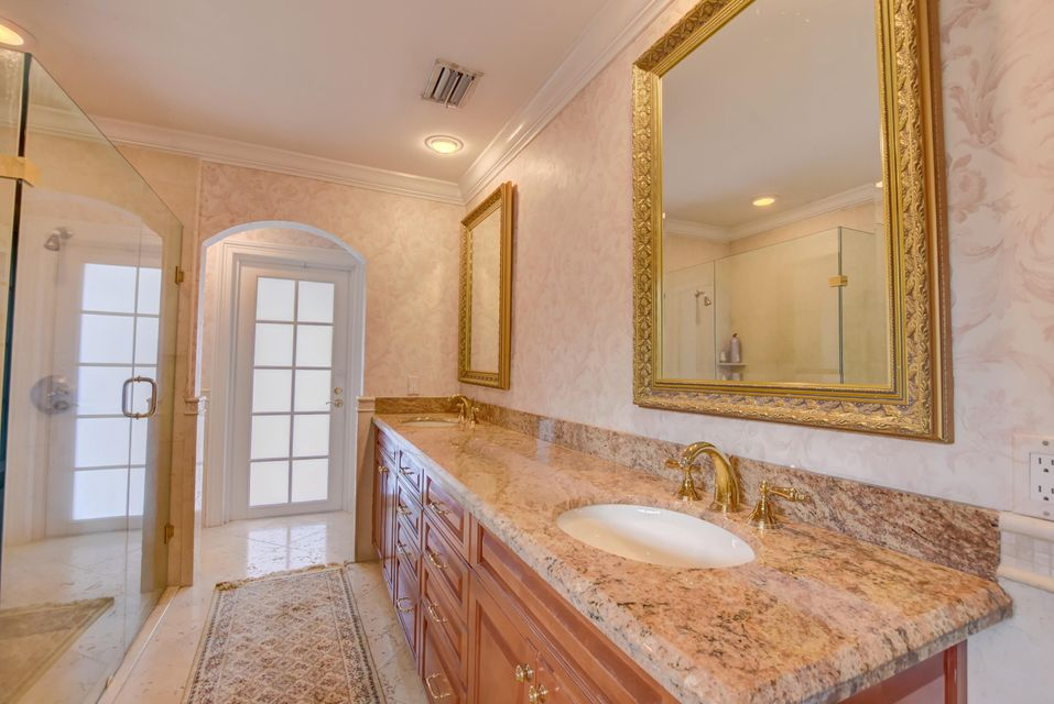 4423 Woodfield Boulevard Boca Raton, FL 33434 - photo 25