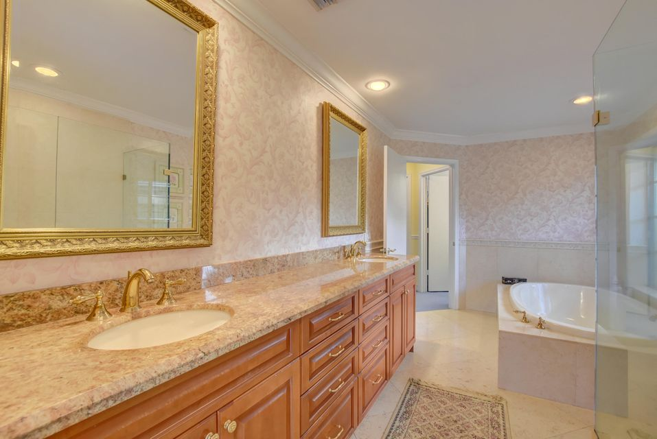 4423 Woodfield Boulevard Boca Raton, FL 33434 - photo 26