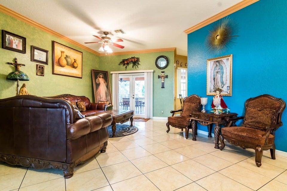 6491 Park Lane Lake Worth, FL 33449 photo 5