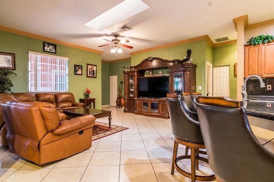6491 Park Lane Lake Worth, FL 33449 photo 9