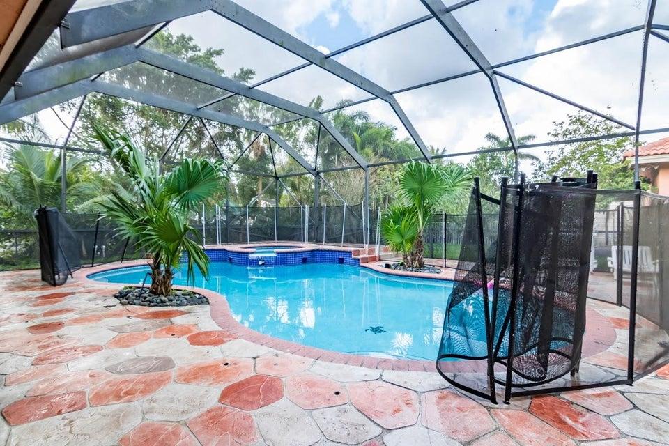 6491 Park Lane Lake Worth, FL 33449 photo 18