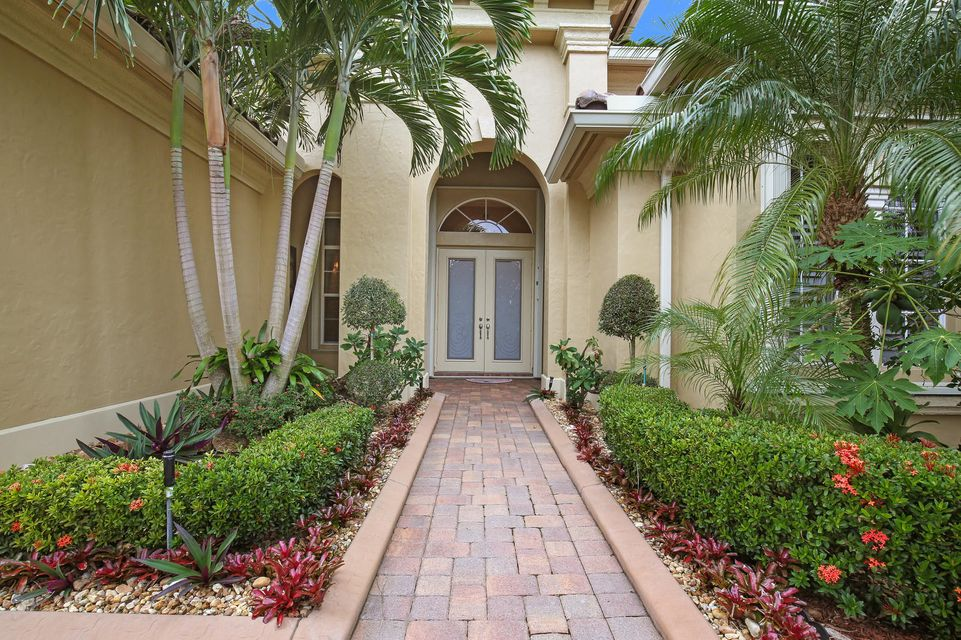 3317 Lago De Talavera  Wellington, FL 33467 photo 2