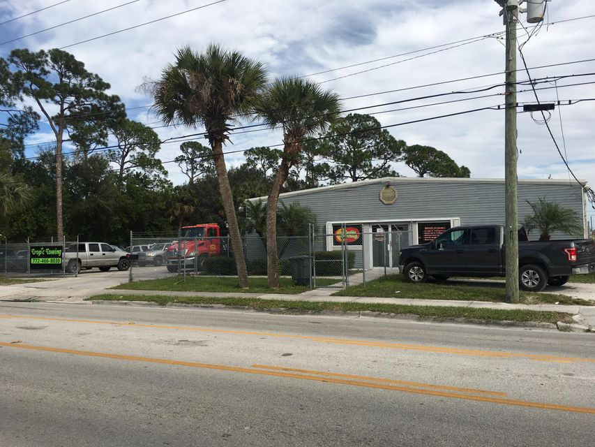 Commercial for Sale at 504 S 33rd Street 504 S 33rd Street Fort Pierce, Florida 34950 United States