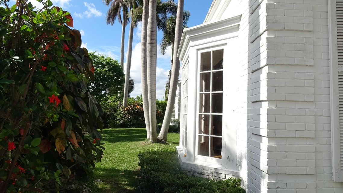 , Palm Beach FL 33480 is listed for sale as MLS Listing RX-10385910 photo #6