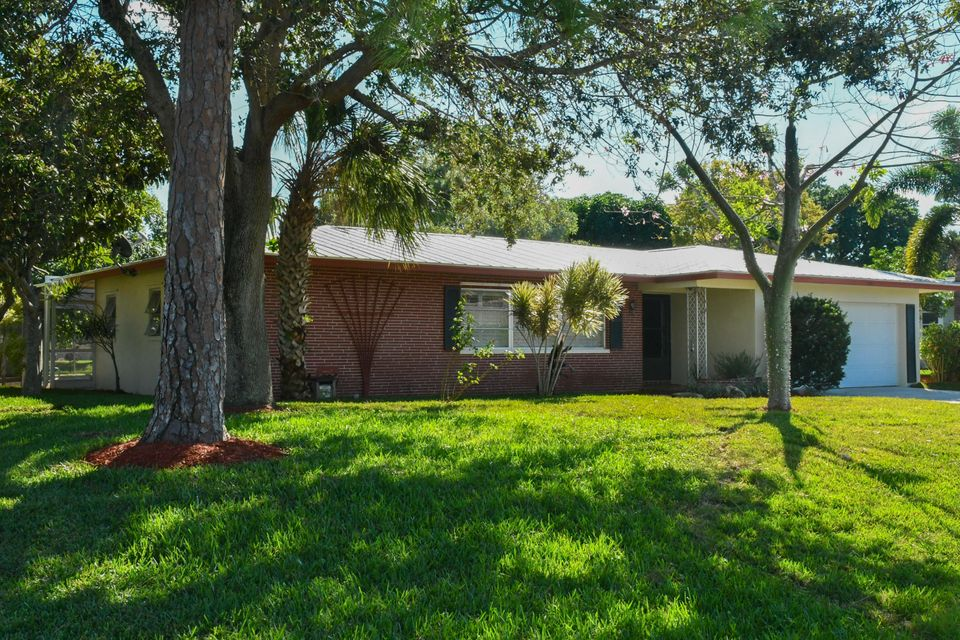 4174 Larch Avenue - Palm Beach Gardens, Florida | Douglas Elliman