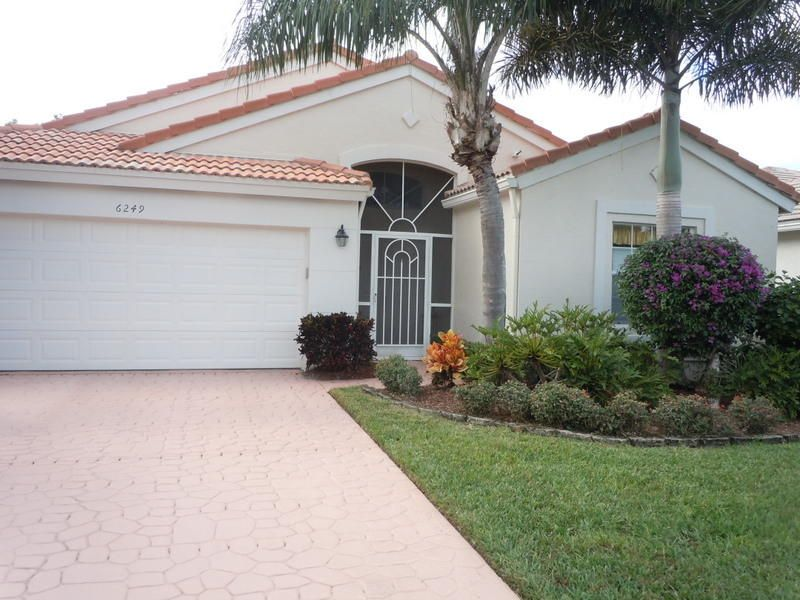 CORAL LAKES/REGENCY COVE SOUTH home 6249 Coral Reef Terrace Boynton Beach FL 33437