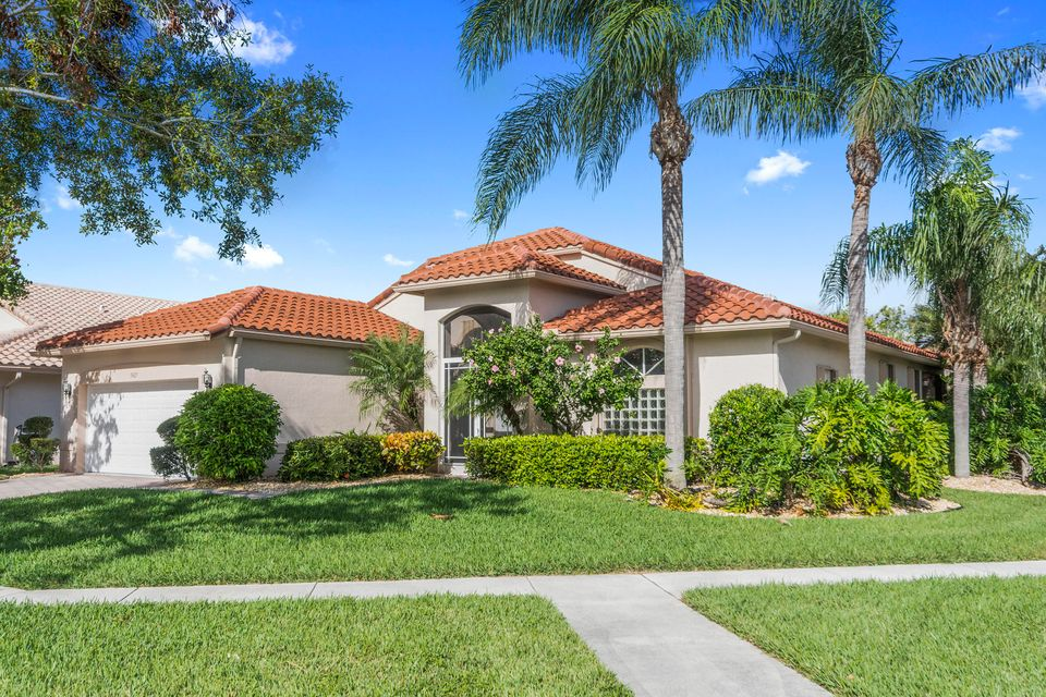 Cascade Lakes home 5427 Landon Circle Boynton Beach FL 33437