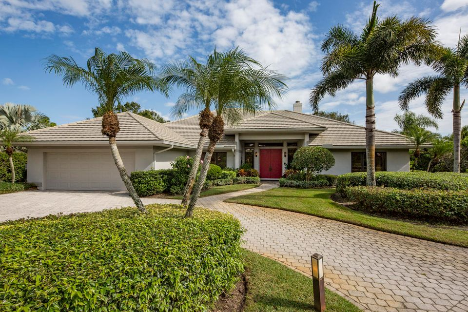 Casa Unifamiliar por un Venta en 1747 SW Thornberry Circle 1747 SW Thornberry Circle Palm City, Florida 34990 Estados Unidos
