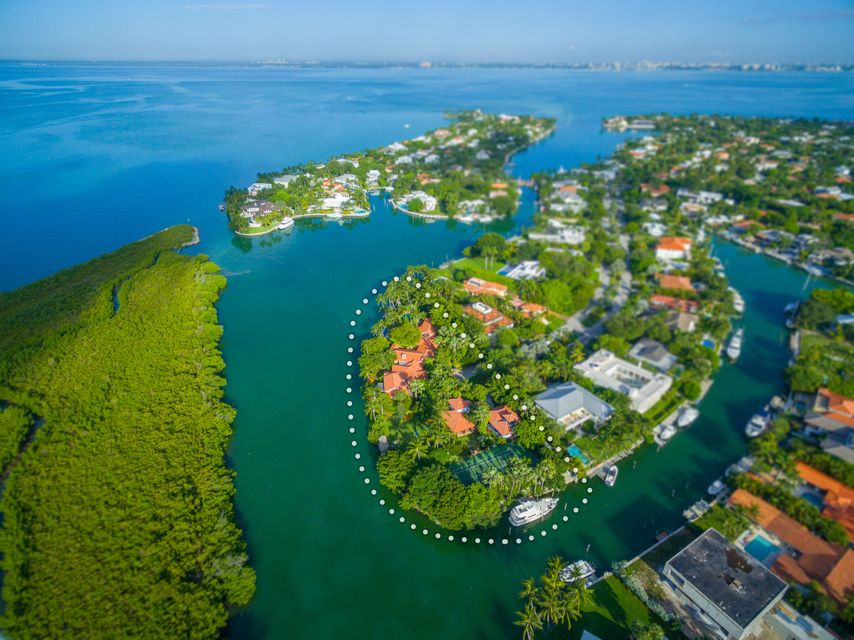 960  Harbor Drive , Key Biscayne FL 33149 is listed for sale as MLS Listing RX-10386260 photo #2