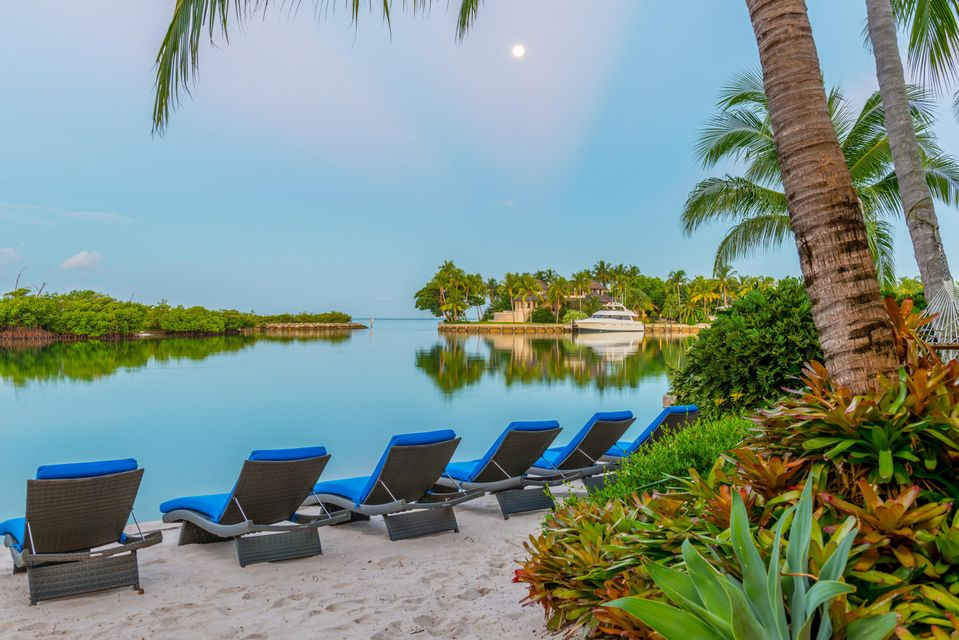960  Harbor Drive , Key Biscayne FL 33149 is listed for sale as MLS Listing RX-10386260 photo #35
