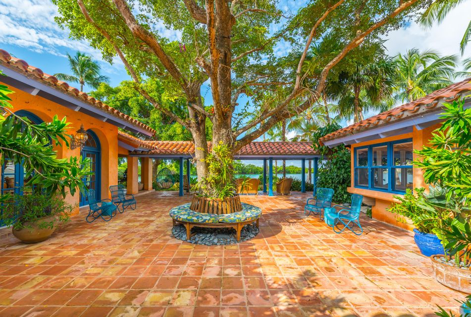 960  Harbor Drive , Key Biscayne FL 33149 is listed for sale as MLS Listing RX-10386260 photo #37