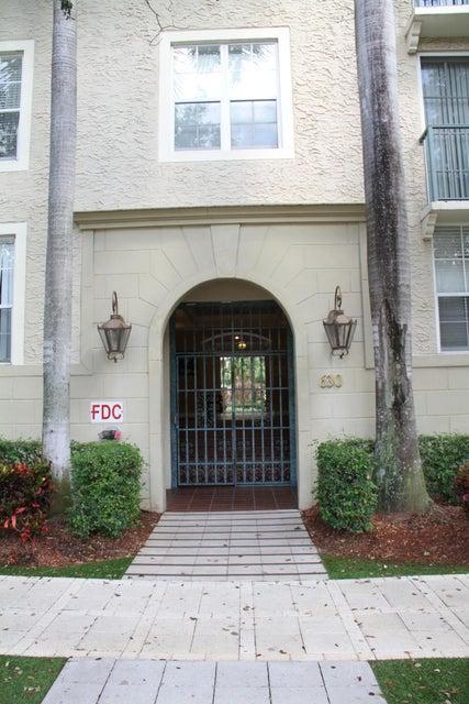 Condominium for Rent at 630 S Sapodilla Avenue # 511 630 S Sapodilla Avenue # 511 West Palm Beach, Florida 33401 United States