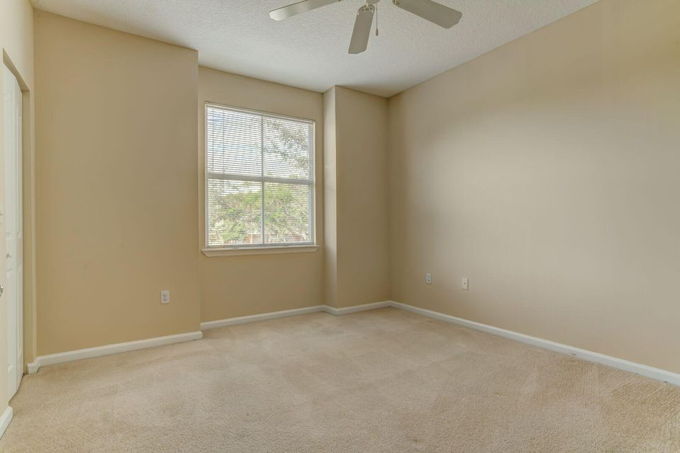 Additional photo for property listing at 2034 Alta Meadows Lane 2034 Alta Meadows Lane Delray Beach, Florida 33444 United States