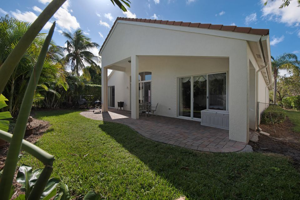 8161 Cypress Point Road  West Palm Beach, FL 33412 photo 17