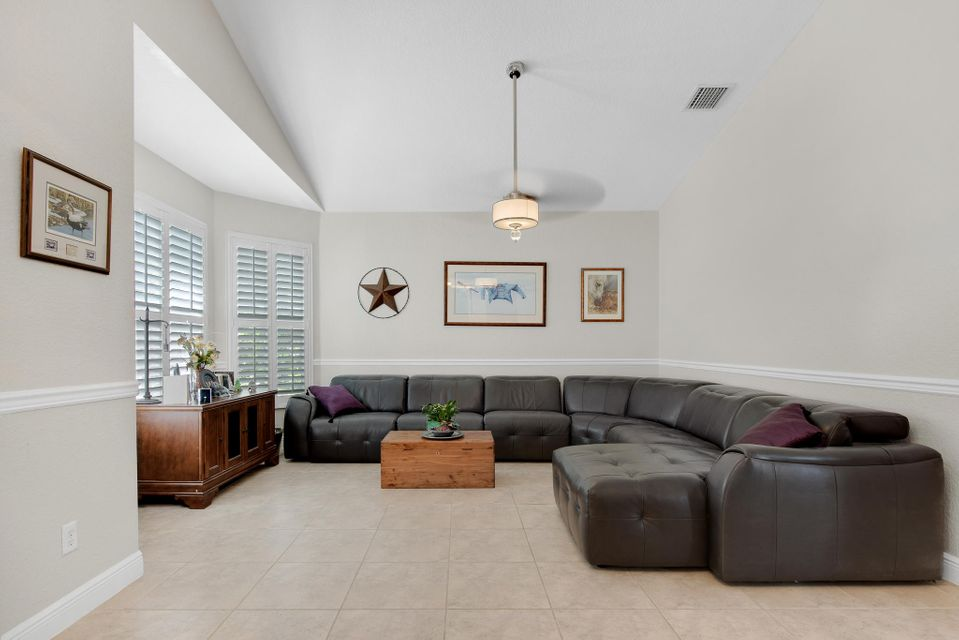 8161 Cypress Point Road  West Palm Beach, FL 33412 photo 12