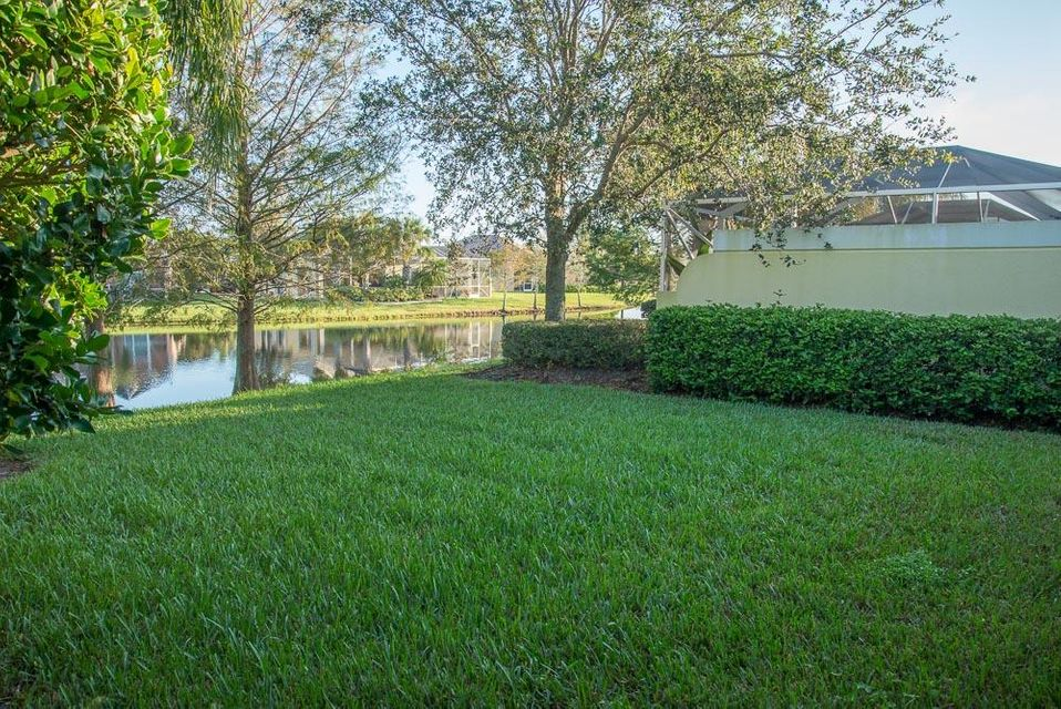 Additional photo for property listing at 12180 SW Elsinore Drive 12180 SW Elsinore Drive Port St. Lucie, Florida 34987 Vereinigte Staaten