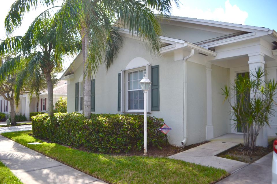 Casa unifamiliar adosada (Townhouse) por un Venta en 5893 Plum Harbor Circle # 323 5893 Plum Harbor Circle # 323 Tamarac, Florida 33321 Estados Unidos