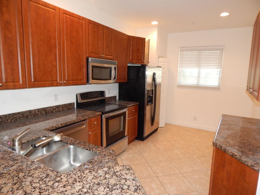 Townhouse for Rent at 121 Bayfront Drive 121 Bayfront Drive Boynton Beach, Florida 33435 United States