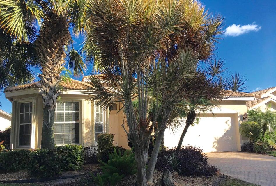 Valencia Falls home 7417 Morocco Lake Drive Delray Beach FL 33446