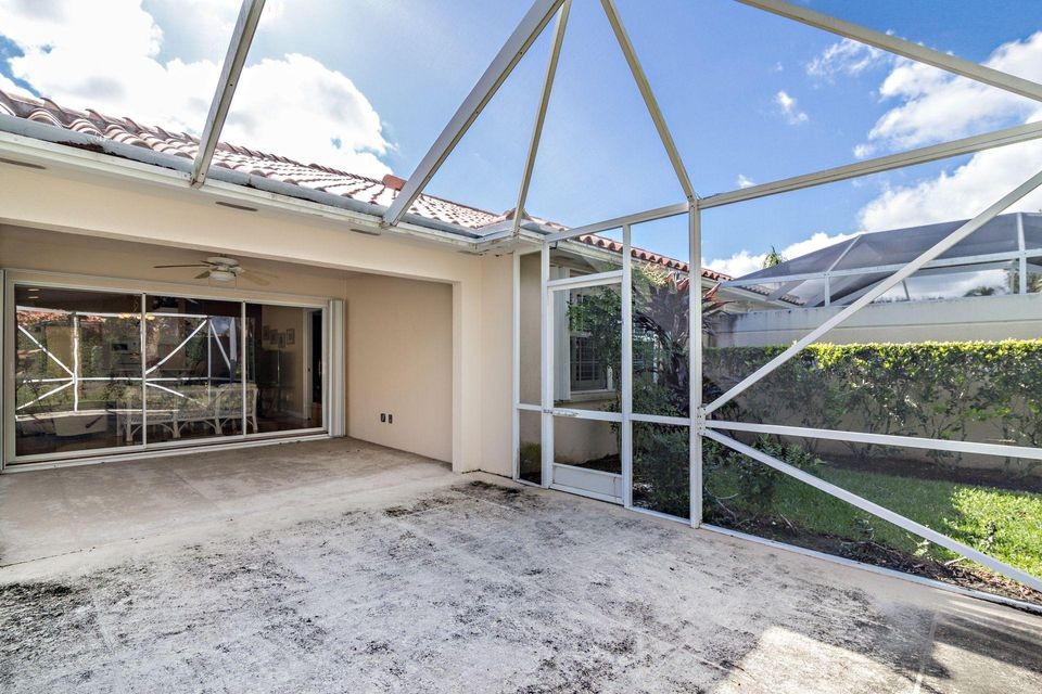 Additional photo for property listing at 2453 SW Parkside Drive 2453 SW Parkside Drive Palm City, Florida 34990 United States