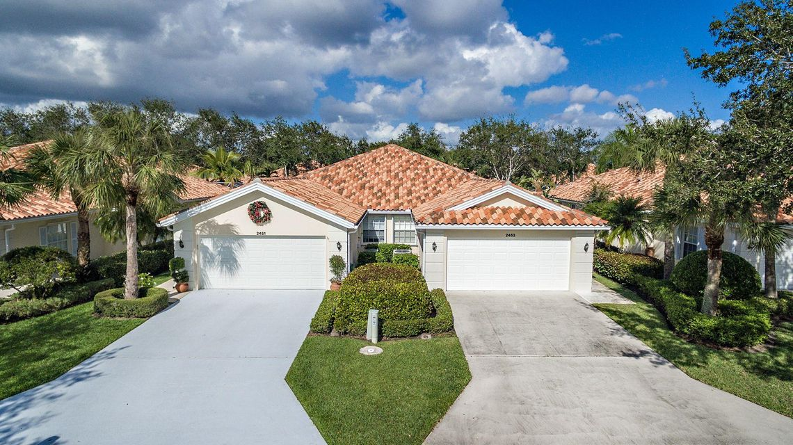别墅 为 销售 在 2453 SW Parkside Drive 2453 SW Parkside Drive Palm City, 佛罗里达州 34990 美国