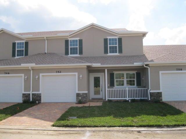 Townhouse for Sale at 752 NE Hawks Ridge Way 752 NE Hawks Ridge Way Port St. Lucie, Florida 34983 United States