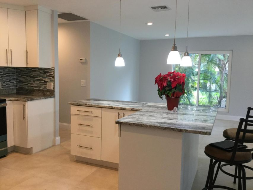 Single Family Home for Sale at 1750 SW Sunset Trail 1750 SW Sunset Trail Palm City, Florida 34990 United States