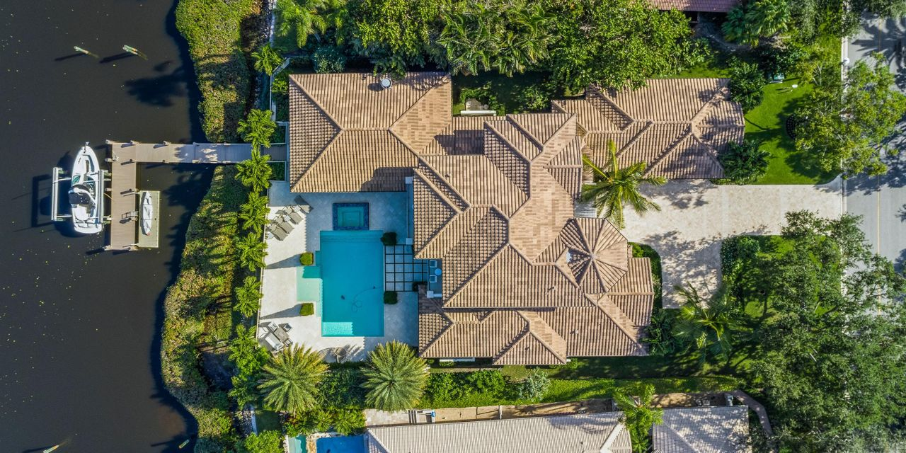 Single Family Home for Sale at 110 Quayside Drive 110 Quayside Drive Jupiter, Florida 33477 United States
