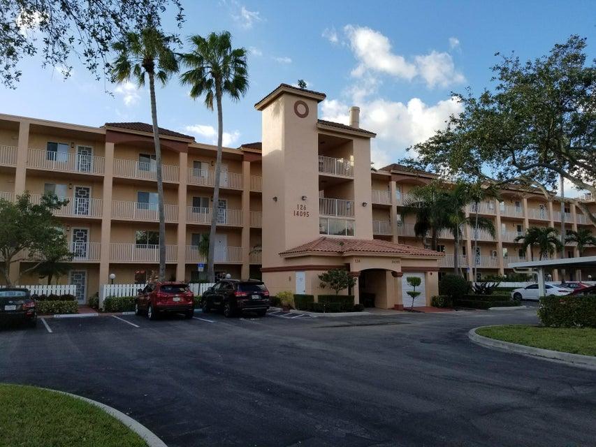 HUNTINGTON POINTE home 14095 Royal Vista Drive Delray Beach FL 33484