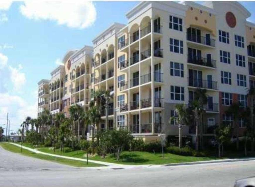 Condominium for Rent at 191 SE 20th Avenue # 614 191 SE 20th Avenue # 614 Deerfield Beach, Florida 33441 United States