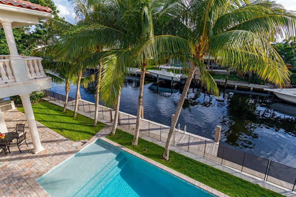 Additional photo for property listing at 720 NE 69th Street 720 NE 69th Street Boca Raton, Florida 33487 United States