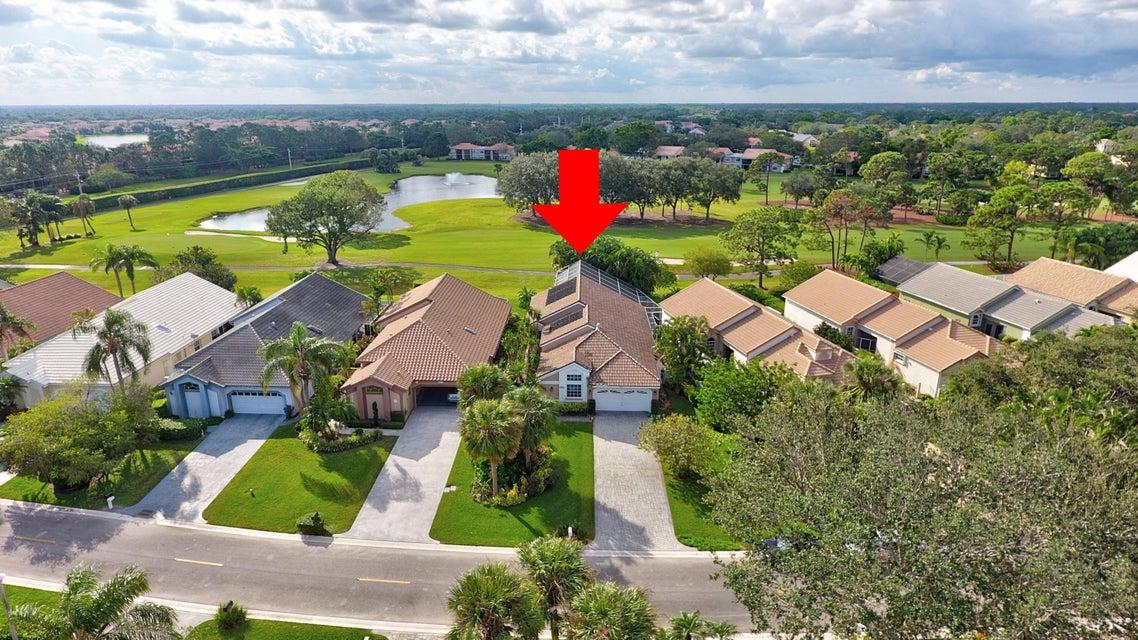 12830 Oak Knoll Drive , Palm Beach Gardens FL 33418 is listed for sale as MLS Listing RX-10384776 28 photos