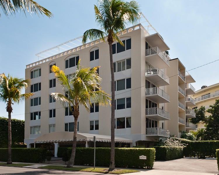 434 Chilean Avenue 4d  Palm Beach FL 33480